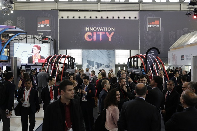 MWC 2016 shows off planes, trams and automobiles - Mobile World Live