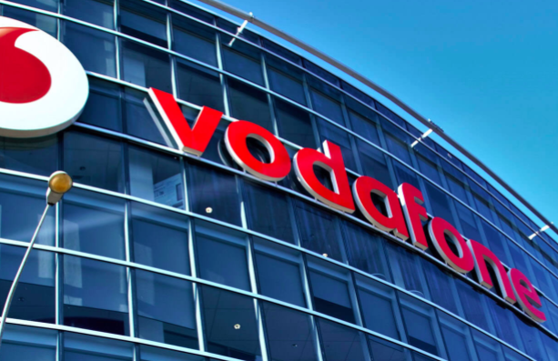 future strategy of vodafone The case intends to look at vodafone's future expansion, growth and global strategies within the concept of internationalization and competitive advantage issues keywords: global marketing , wireless technology , telecommunications industry , business expansion scheme.